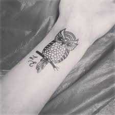 35 awesome owl wrist tattoos design