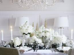 christmas table settings hgtv