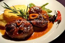 cuisine jarret de porc jarret de porc caramélisé sauce au vin cuit l eau à la bouche