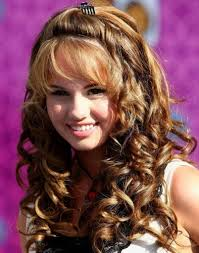 curly layered hairstyles long curly layered hairstyles