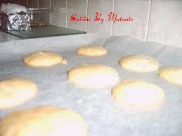 cuisinez comme un chef macarons vanille quoique et larousse cuisinez comme un chef