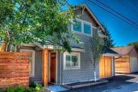 small craftsman style homes a craftsman style laneway house lanefab small bungalow homes home