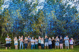 confetti popper gender reveal florida photography stacy