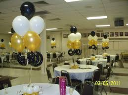 balloon centerpiece curly bouquets 013 jpg