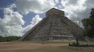 imagenes mayas hd chichen itza mexico may 25 2017 backward movement from high