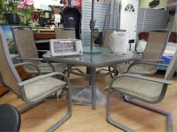 Glass Top Patio Table And Chairs Hexagon Glass Top Patio Table With Lazy Susan And 6 Chairs
