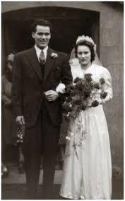 1940s wedding dresses photographs wartime wedding fashion