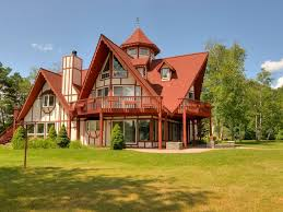 beautiful lake house on large private homeaway canadian lakes