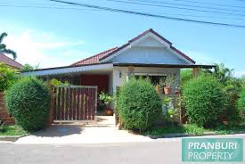 reduced 2 bedroom house with pool for sale in pranburi