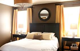 dark bedroom paint colour benjamin moore brown horse with gold and