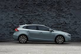 volvo new logo volvo cars gives the new face of volvo to the v40 volvo car