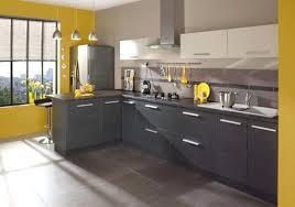 peindre meuble de cuisine peindre meuble en gris peinture meuble cuisine gris clair
