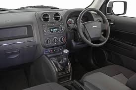 jeep patriot 2010 interior 2010 jeep patriot limited best image gallery 6 16 share and download