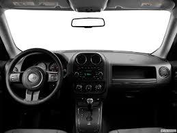white jeep patriot 8831 st1280 059 jpg