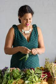 justina blakeney an interview with jungalow s justina blakeney flourish by noonday