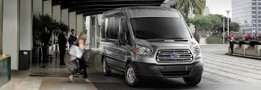 how many passengers can the 2017 ford transit wagon carry