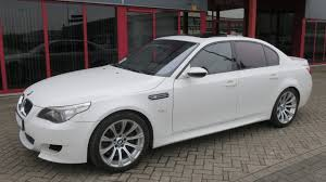 750176 bmw m5 e60 sedan smg 5 0l v10 507hp e60 09 05 white 63516km