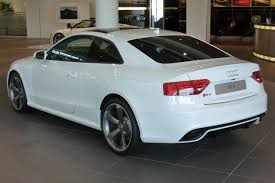 audi s5 coupe white file audi rs5 coupé 4 2 fsi quattro s tronic heck jpg wikimedia