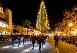 friday night lights santa barbara santa barbara lights up with holiday cheer at downtown parade