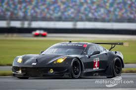 chevrolet corvette racing 4 corvette racing chevrolet corvette c7 r oliver gavin