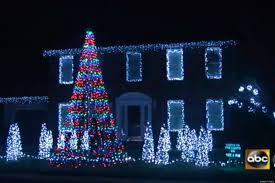 call me maybe u0027 christmas light show maryland man syncs 10 000