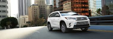 toyota highlander towing check out the 2017 toyota highlander towing cargo capacities