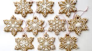 snowflake cookies how to decorate snowflake cookies