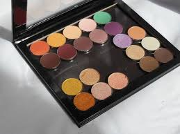 Makeup Pac affordable dupe of z palette pac cosmetics empty magnet palette