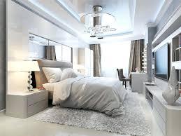 deco plafond chambre deco plafond chambre miroir de plafond decoration plafond bas