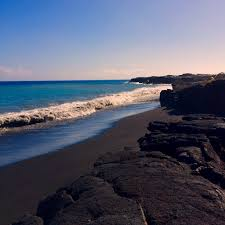 black sand beach big island kaimu beach park big island hawaii black sand beach in kiamu