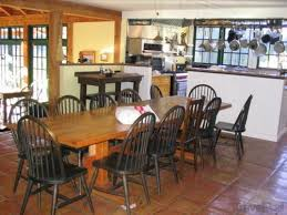 Country Style Kitchen Dining Table  Classic Timeless Kitchen - Country style kitchen tables