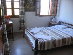 Arranging Bedroom Furniture Feng Shui Bedroom Arrangement Lakecountrykeys Com