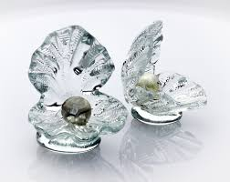art glass crystal ring holder images Shell ring holder with white gold pearl frost glass jpg