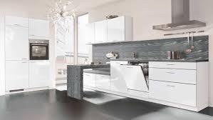 cuisine blanc laqué et bois cuisine blanc laque plan travail bois 3 cuisine laque grise