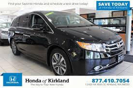 new 2017 honda odyssey touring elite mini van passenger in
