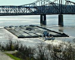Mississippi travel box images A 35 barge tow going southbound on the lower mississippi river jpg