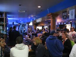 Moms Basement Wrigleyville Nights U2013 Game 1 The Best Place To Watch The Cubs