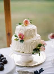 wedding cake questions 3 reasons you shouldn t diy your wedding cakes wedding