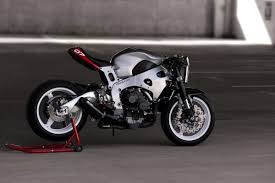 cbr street bike turn your cbr1000rr into a