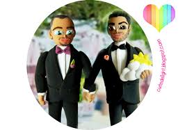 custom wedding cake toppers and groom grooms wedding cake topper same cake topper 2 grooms