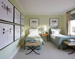 guest bedroom decorating ideas artistic wall decor ideas for guest bedroom with single beds