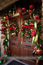 Outdoor Christmas Wreaths by 232 Best Christmas Garland Images On Pinterest Merry Christmas