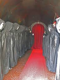 haunted house decorations haunted house ideas and props diy haunted house props haunted