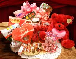 valentines day gift baskets valentines day gift ideas presents upcomevent