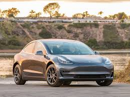 2018 tesla model 3 first review kelley blue book
