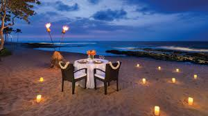 romantic dinner on the beach in hualalai hawaii four seasons