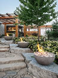 Fire Pit Glass Stones by Best 10 Beach Style Fire Pits Ideas On Pinterest Beach Style