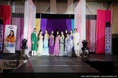wedding backdrop ottawa 2012 musa picking our the winner of our floral arrangement and