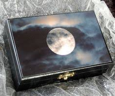 Crystal Keepsake Box Tarot Crystal Keepsake Box With Altar Cloth And Necklace 70 00
