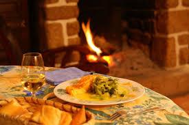 cuisine au coin du feu offres festives pour le plaisir site de gites fougeres